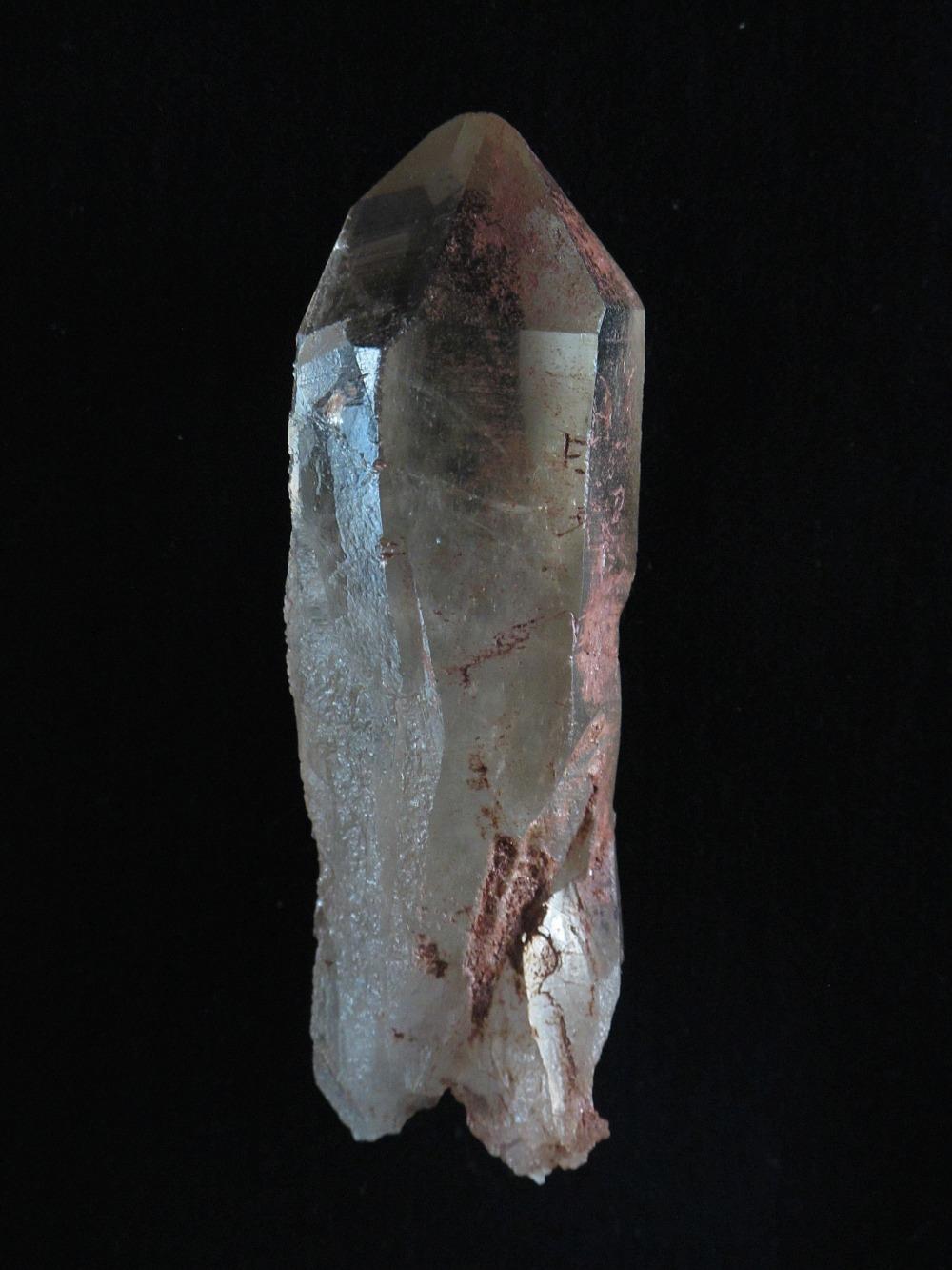 Fensterkristall mit Hämatit. Kullu Tal. Himalaya. Indien.
