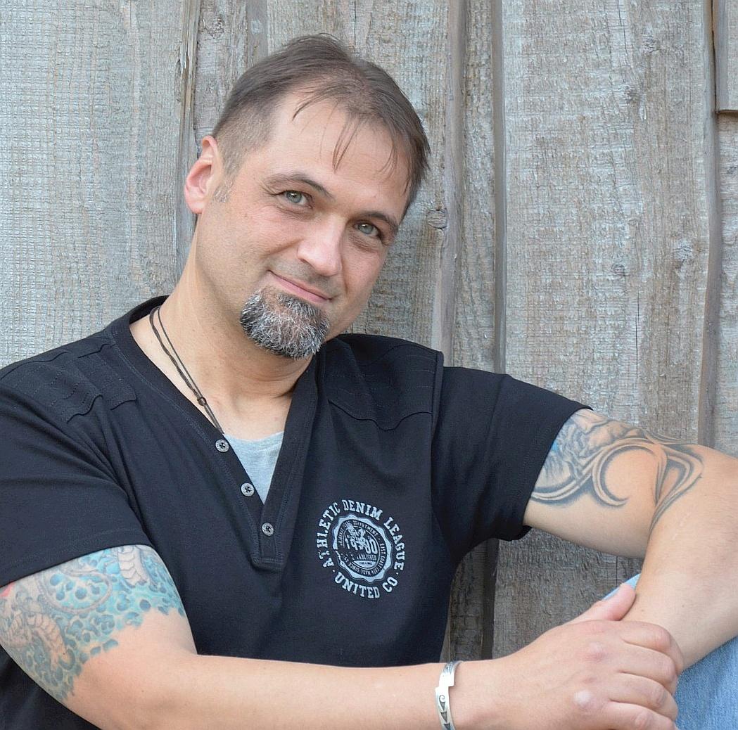 Das bin ich. Claus Heckl. Stimme der Seele. Schamanische & Spirituelle Energiearbeit.