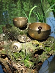 Klangmassage mit Tibetischen Klangschalen. Stimme der Seele. Claus Heckl.